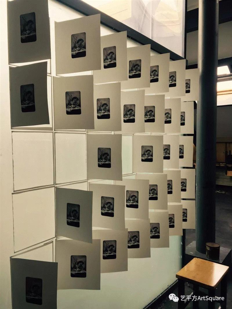 晾干、签名,95年艺术家李星亭的创作版画,版画,李星亭,印痕,天津美术学院,藏书,青年,画稿,品牌,莫干山路50号,平方