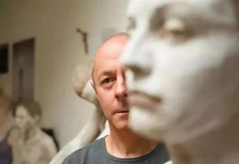 流动的情绪——布鲁诺·瓦尔波特的表现与隐喻,布鲁诺·瓦尔波特,布鲁诺,雕塑,木雕,姿态,材质,木材,外部,模特,中央美术学院美术馆