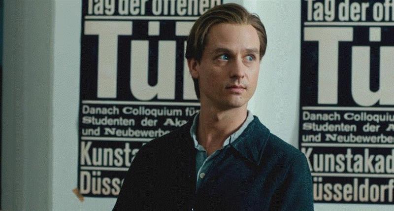 """全场鼓掌三分钟,""""德国李安""""又出大尺度新片,全场,李安,尺度,新片,艾莉,电影,卡尔,伊丽莎白,纳粹,军官"""