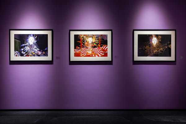 图注:白昼的幻想—天野喜孝艺术展,展览现场,图片由艺仓美术馆提供01.jpg