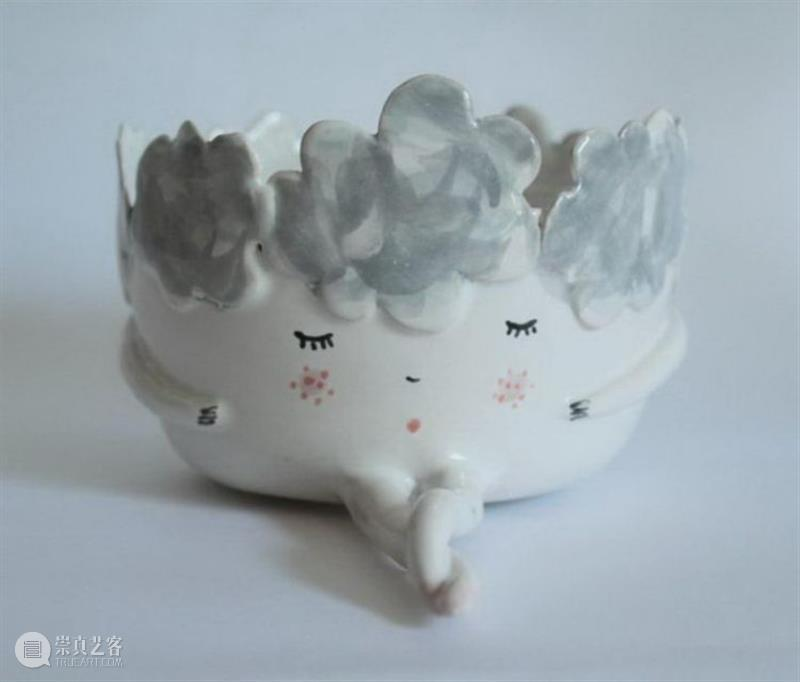 器物丨以民间故事为主题,每件陶瓷唤起我们久违的童心童趣 陶瓷 民间 故事 童心童趣 器物 上方 中国舞台美术学会 右上 星标 本文 崇真艺客