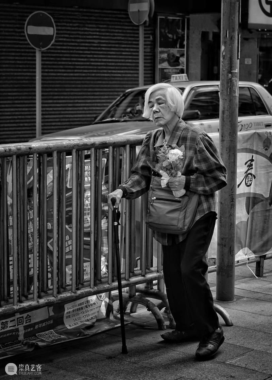艾米李画廊 · 读画记 | 萧戈影像人物的叙述性 影像 萧戈 艾米 李画廊 人物 叙述性 锦鲤 奇境 幻景 空间 崇真艺客