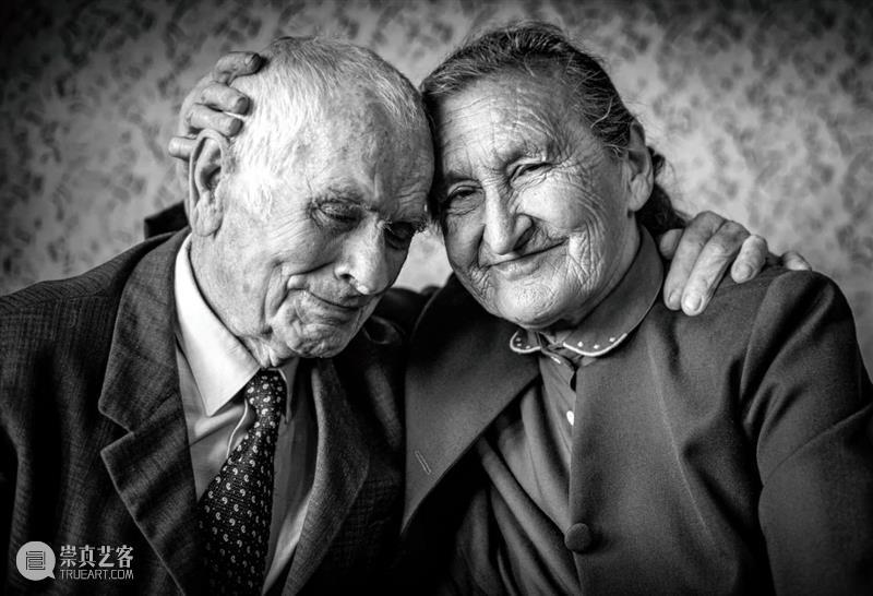 当爱情可以被药物干预 爱情 药物 激素 生物化学 角度 定义 多巴胺 苯乙胺 后叶催产素 情爱 崇真艺客