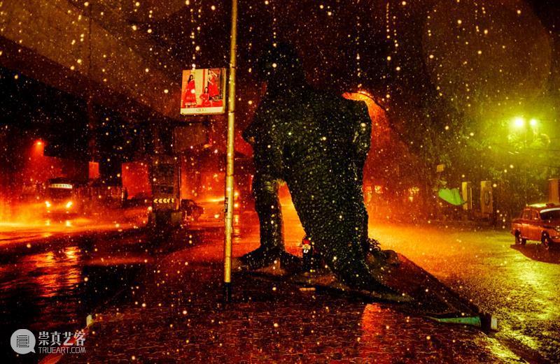 一个完完全全在黑暗中的世界 博文精选 木格堂 世界 人们 心理 环境 危机 常态 Datto 夜晚 光亮 感觉 崇真艺客