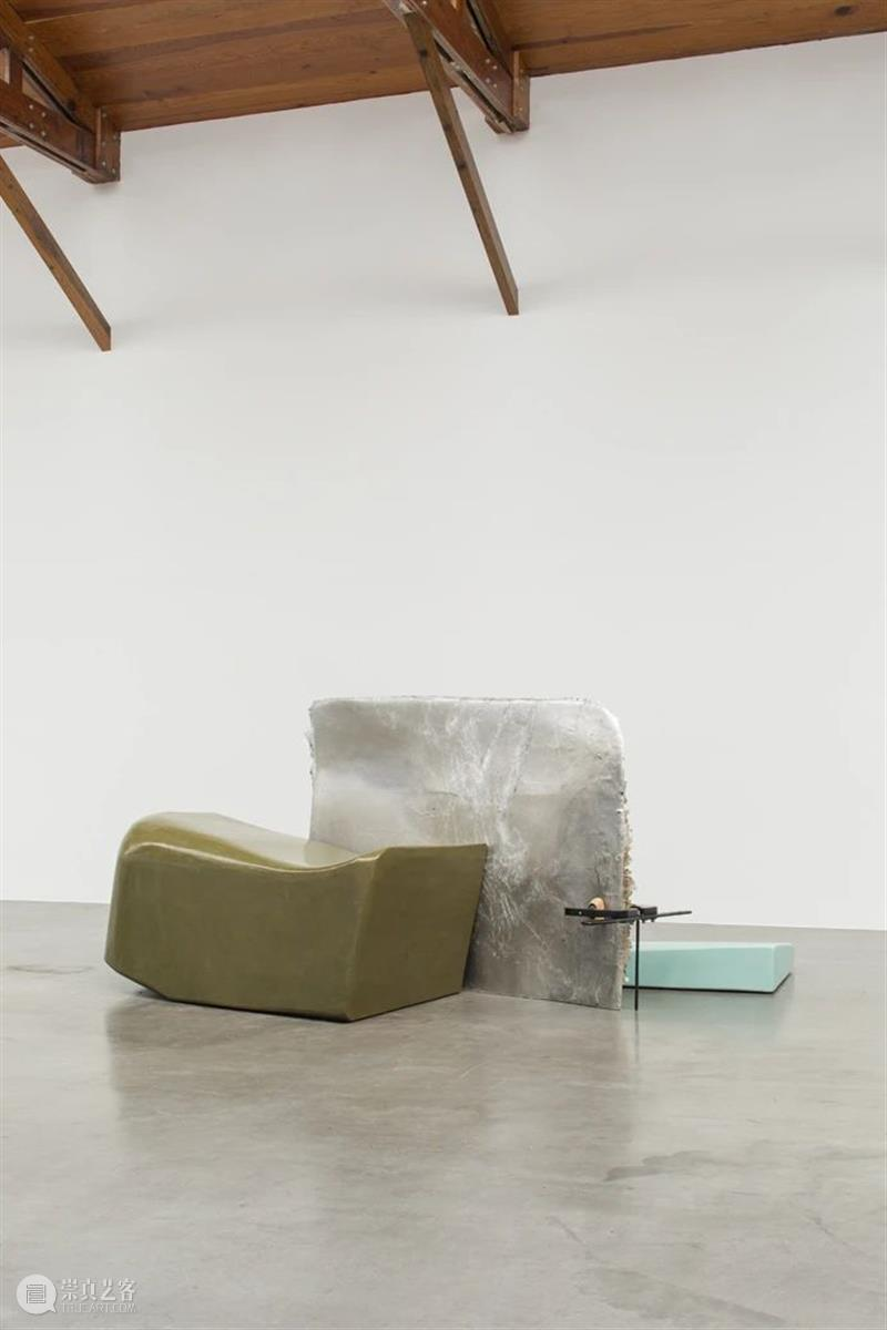 kurimanzutto 档案 倚靠我:安德鲁·贝拉尔蒂尼谈奈瑞·巴格勒米安的雕塑  贝拉尔蒂尼 崇真艺客
