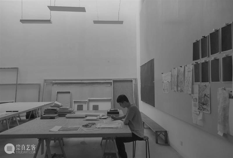 高古轩艺术家 | 郝量的新作《河伯娶亲》及《饮酒诗意》正在上海油罐艺术中心展出  Gagosian 高古轩 艺术家 郝量 新作 河伯娶亲 饮酒诗意 上海油罐艺术中心 艺术群展 More 微信 崇真艺客