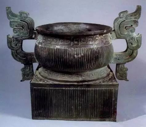 通过典型器,理解西周中晚期青铜器典型纹饰及器型 西周 器型 纹饰 晚期 青铜器 礼器 西周青铜器 特点 艺术品 渊源 崇真艺客