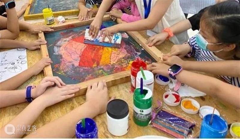 时代·招募 | 丝网童趣——回归童心亲子工作坊开始报名啦 丝网 童趣 工作坊 亲子 时代 童心 北京时代美术馆 颜料 布袋 孩子 崇真艺客