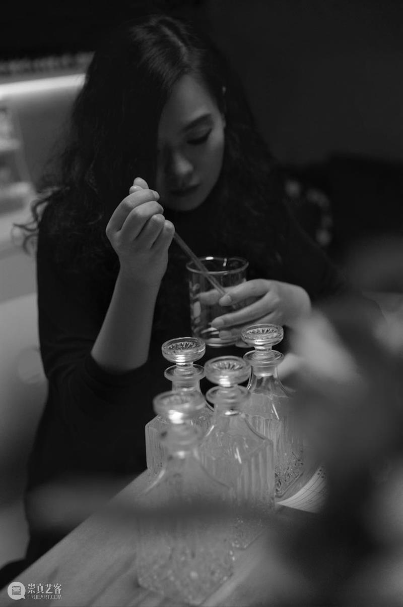 栗子个人项目|诺玛的魔术 栗子 个人 项目 |诺玛 魔术 Mstudio协办 北京朝堂艺术基金会墨尼奥文化传媒有限公司 时间 地址 北京市朝阳区 崇真艺客