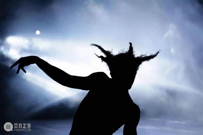 剧看世界 一丝爱情的烦恼,一出戏剧的狂欢 戏剧 爱情 世界 海外 剧场 舞台 讯息 yan zhi 原则 崇真艺客