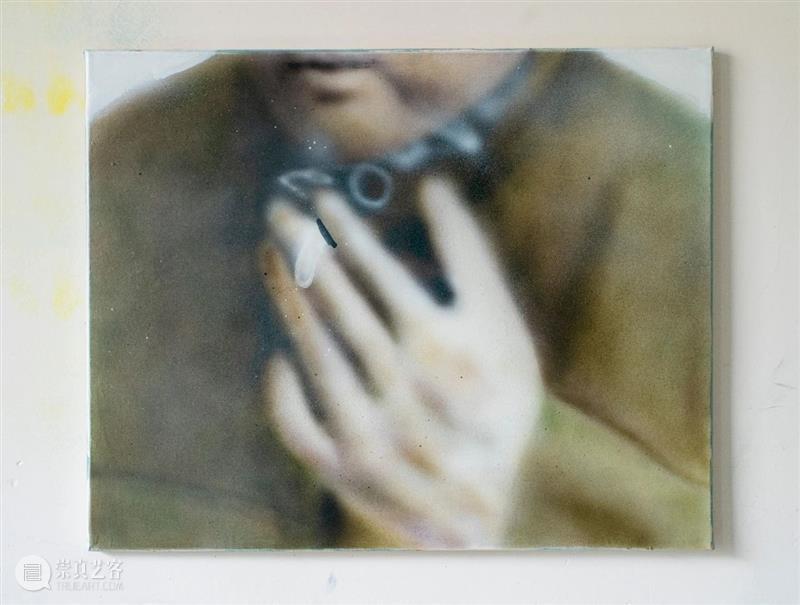 小铺上新|陶瓷雕塑:张杨彪「夹烟的手」 张杨彪 雕塑 陶瓷 小铺 手中 打火机 火苗 工作室 上海 主席 崇真艺客