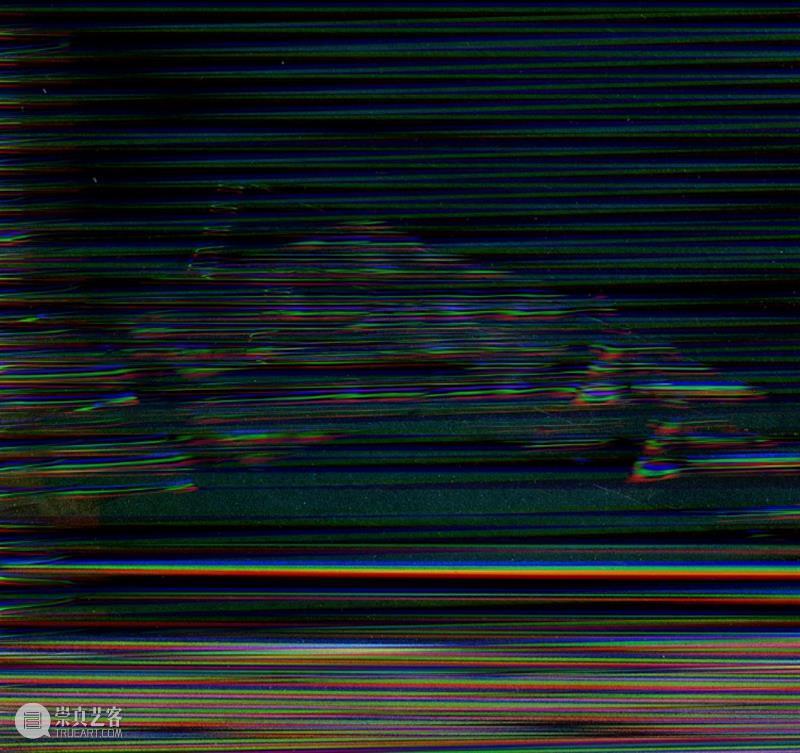 郭锦泓|隐匿的人 郭锦泓 山中 公海 中央 人物 表情 背后 血污 内脏 世界 崇真艺客