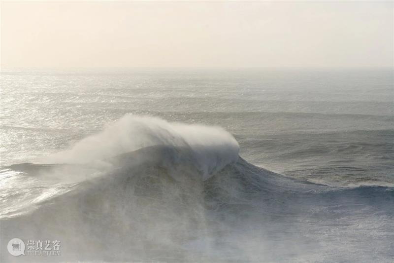 有想过开着房车沿海岸线一直开下来去吗? 房车 海岸线 海滩 海浪 星夜 意大利 摄影师 二手 大篷车 岸边 崇真艺客