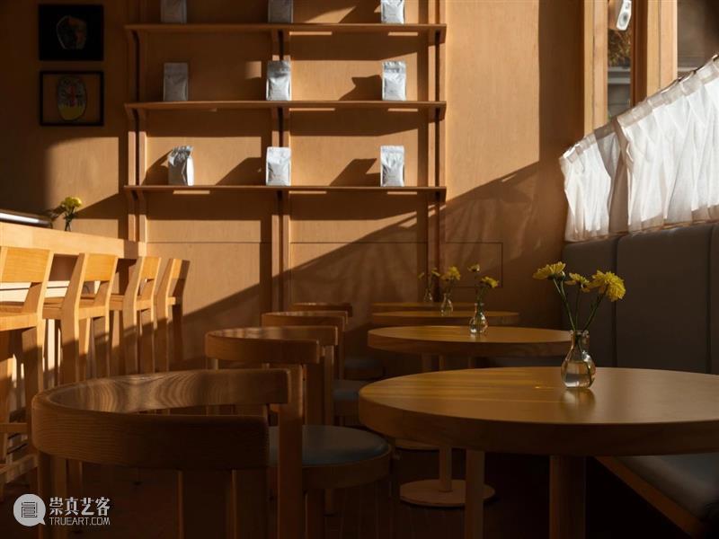 城市'小木屋',浮廊·C² Cafe & Bar / 万社设计 城市 小木屋 邵峰 廊桥 平台 业主 包袱 空间 年轻人 空中楼阁 崇真艺客
