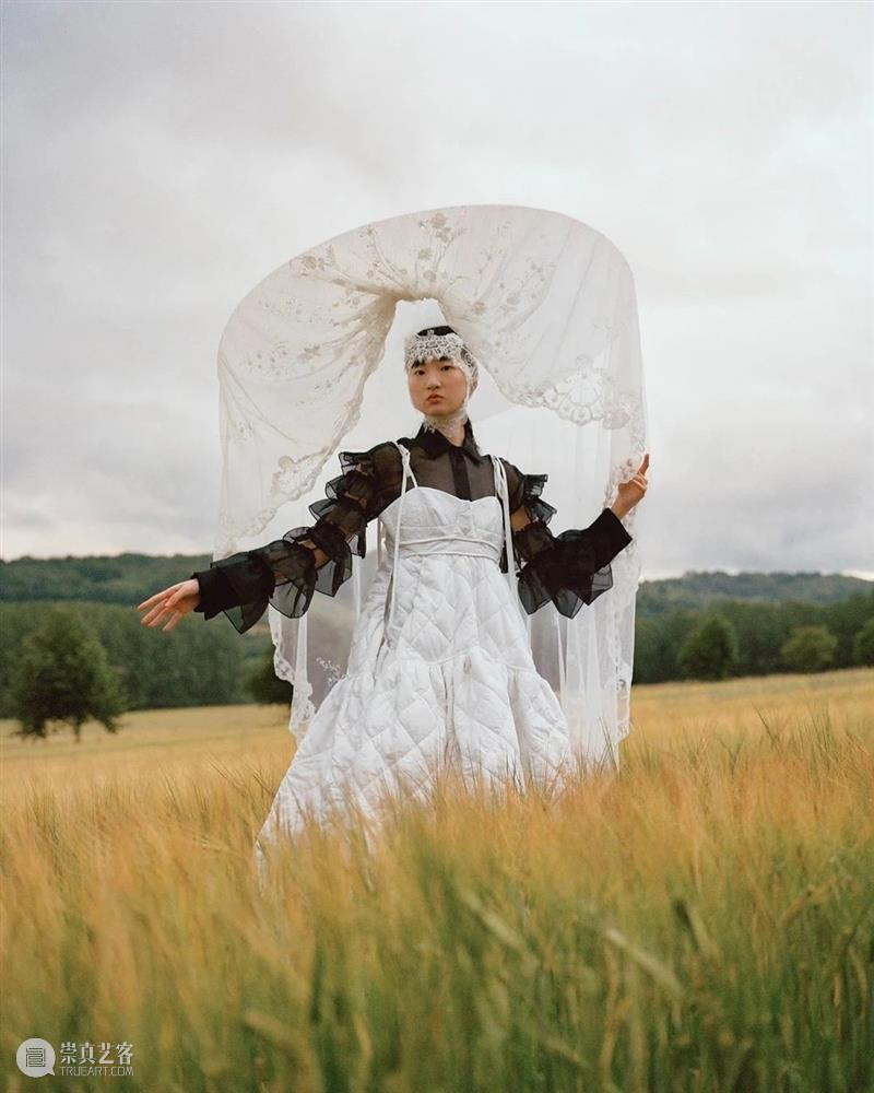 【IFA-艺术赏析】无性别主义 |  Harris Reed 性别 Harris Reed 艺术 IFA 主义 年代 教条 僵局 事物 崇真艺客