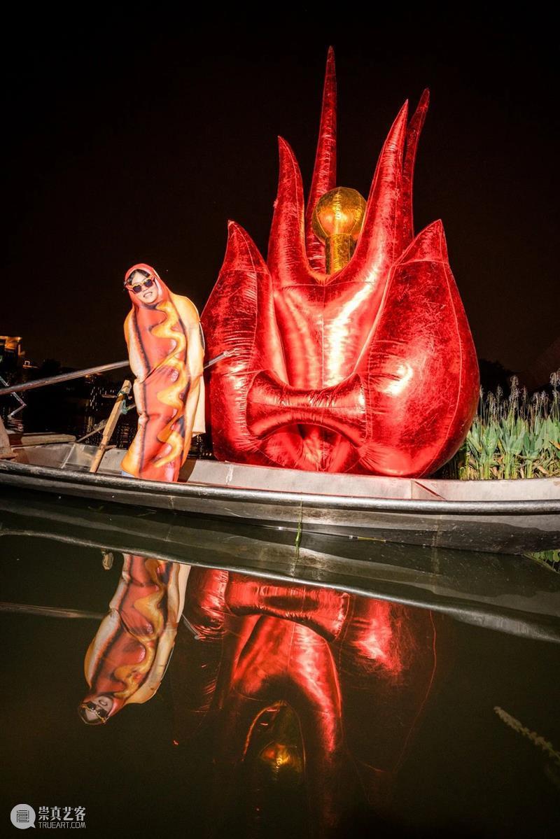 麓湖社区公共艺术季xA4奇妙夜|一场荒诞童话剧场之旅 麓湖 社区 艺术 童话 剧场 季xA 项目 童话剧场 夜晚 瞬间 崇真艺客