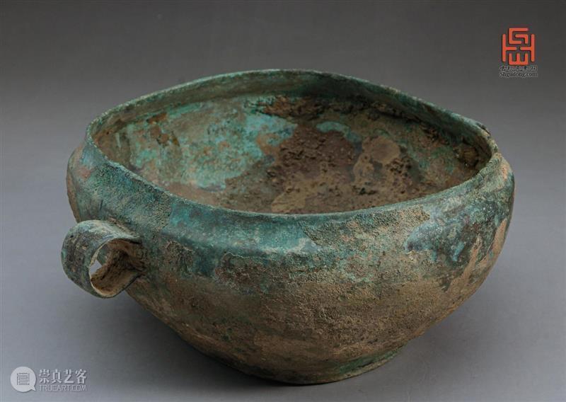 汉代青铜器  青铜器鉴赏 青铜器 汉青铜器 尺寸 口径 品相 岁月 痕迹 藏品 长方形 圆角 崇真艺客