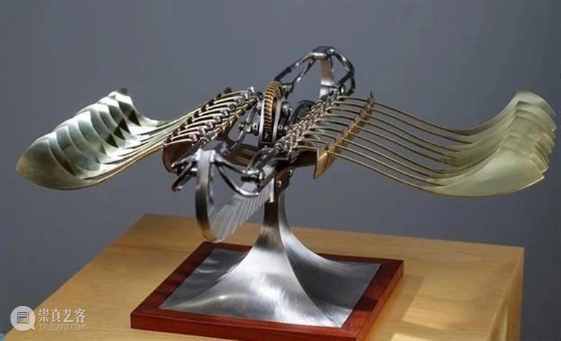 72岁老爷爷自学雕塑,将破铜烂铁做成艺术品 雕塑 艺术品 老爷爷 来源 普象 工业 小站 微信号 iam design 崇真艺客