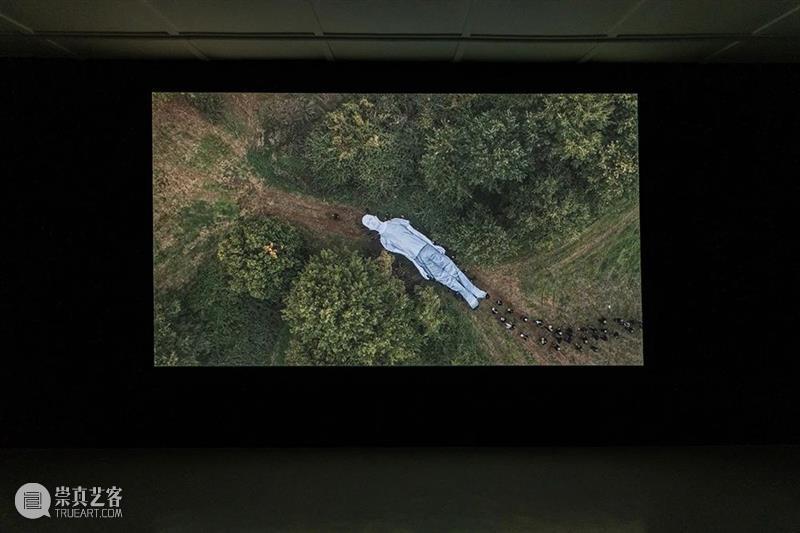 JR意大利首次个展「奥梅利亚•康塔迪纳」暨同名影片首映,围绕承诺、自由与身份重述传统乡村文化 梅利亚 意大利 个展 身份 康塔迪纳 乡村 文化 影片 JR奥 康塔迪纳Omelia 崇真艺客