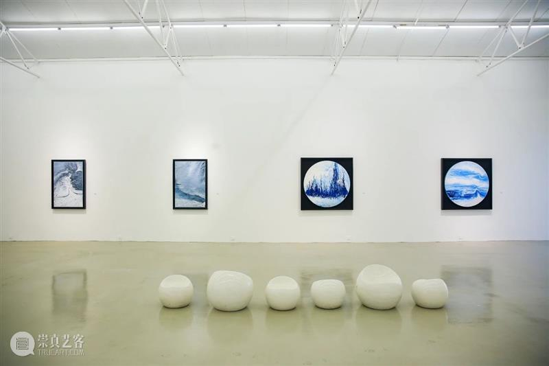 展览现场 | 左儿:天才在左,儿童在右 左儿 天才 儿童 现场 艺术 公众 艺术家 作品 黑白 黑与白 崇真艺客