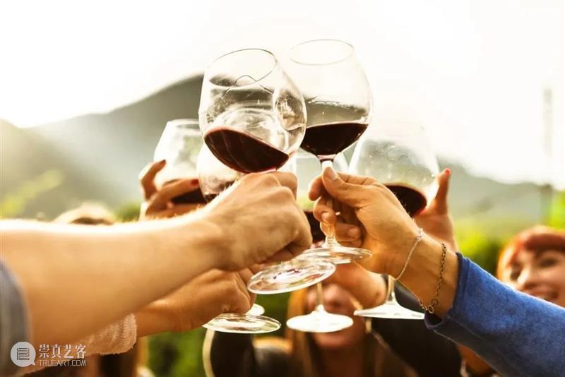 涨姿势 | 生活苦甜,你还能躲进酒里——红酒你选对你的口味了嘛? 红酒 生活 口味 朋友圈 好友 朋友 滋味 爱好者们 气息 风味 崇真艺客