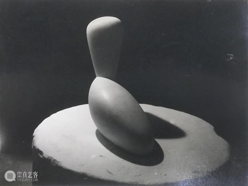 写作者专栏 也许摄影和雕塑的结合是媒介分界越来越模糊的体现 作者 雕塑 媒介 分界 专栏 计划 平台 影像 内容 兴趣 崇真艺客