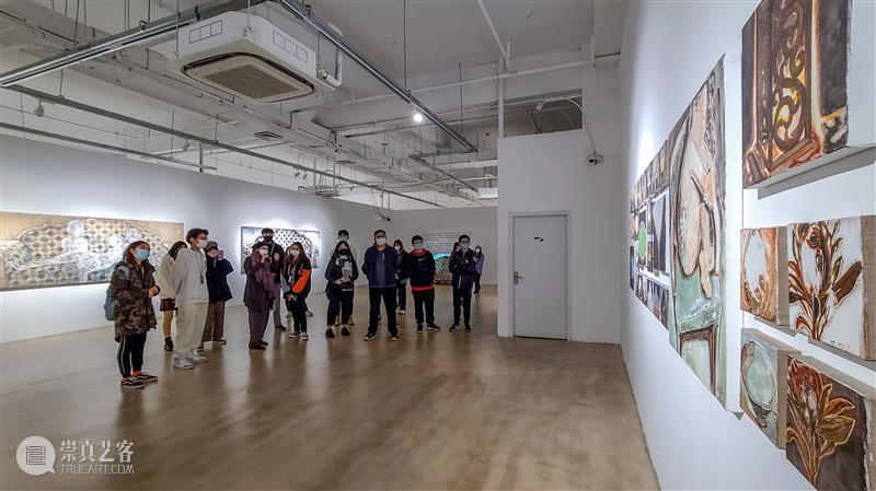 LCAM绘画临摹功能今日开启 功能 绘画 LCAM 临港 当代美术馆 美育 板块 现场 美术馆 画板 崇真艺客