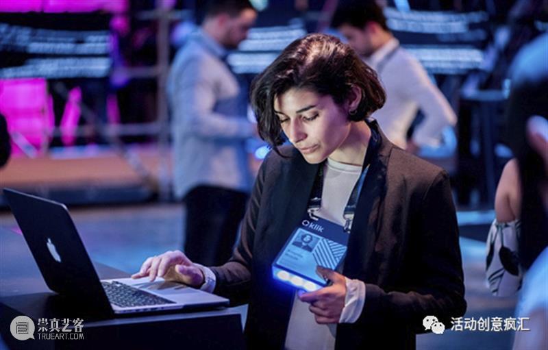 可穿戴技术的应用,智能LED「胸卡」行走的智能管理系统 智能 胸卡 技术 LED 系统 活动 新技术 价值 同时 工具 崇真艺客
