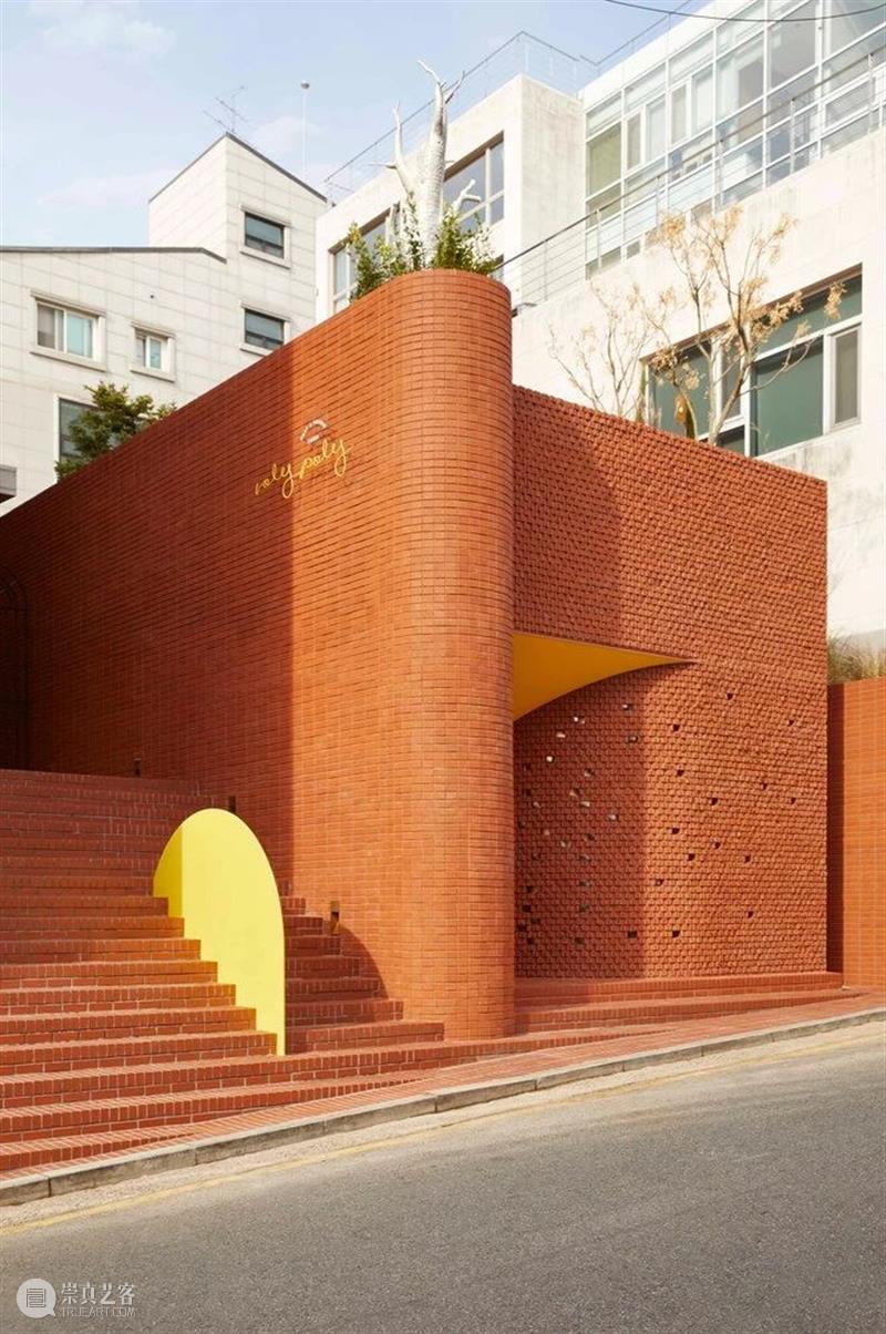 暖色小屋,Roly-Poly 创意餐厅 / studioVASE 餐厅 Poly studioVASE 创意 暖色 小屋 Roly woo jin 建筑 崇真艺客