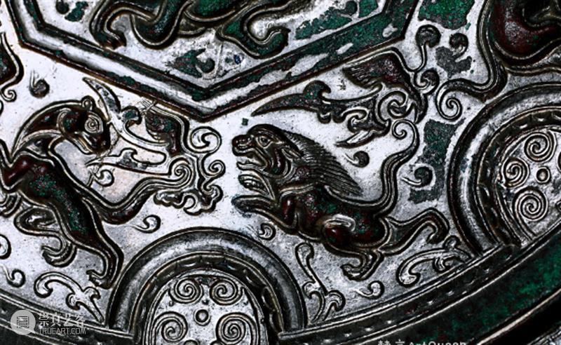 """神秘,极致,奢华,颠倒众生的「隋""""十二生肖""""镜」 十二生肖 极致 众生 艺术品 旷世 美的 艺术性 铭文 菱花 水华月 崇真艺客"""