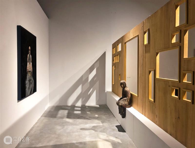 """走进钟飙的展厅,竟让我迷失在""""现""""与""""实""""中 钟飙 展厅 图像 世界 艺术家 纷呈 世相 现实 深处 动能 崇真艺客"""