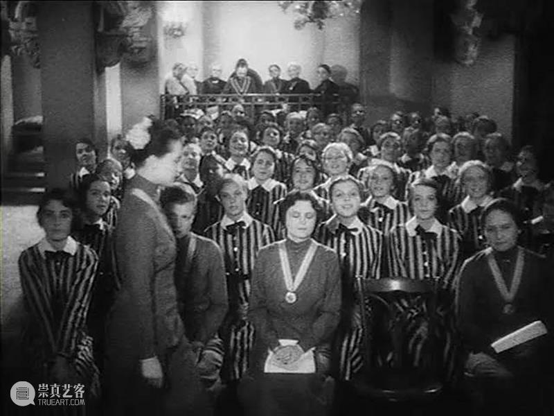不仅是世界上第一部女同性恋电影 世界上 同性恋 电影 标题 坏事儿 噱头 穿制服的女孩 当今 语境 片名 崇真艺客