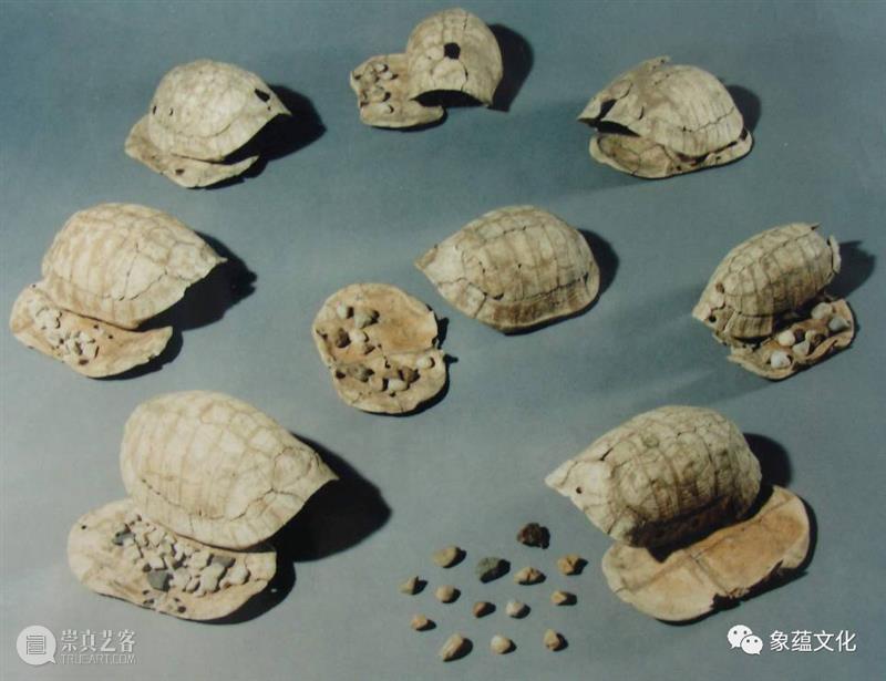 1月2号开讲丨八位考古大咖齐聚,从8000多年前的那支骨笛讲起 骨笛 大咖 贾湖遗址 考古学家 张居中 教授 骨管 时候 面前 两根 崇真艺客