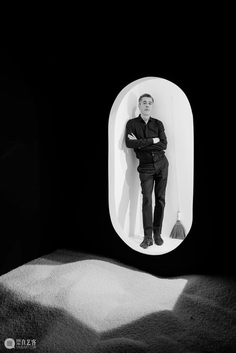 今日直播:与艺术顾问Olivier Renaud-Clément一同探访松谷武判巴黎工作室 松谷 Renaud 艺术 顾问 巴黎工作室 武判 大阪 巴黎 艺术家 过去 崇真艺客