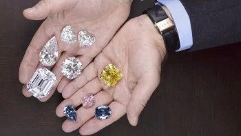 直播预告:专家邀您共赏传奇钻石品牌 | GRAFF 流金岁月 视频资讯 蘇富比 GRAFF 品牌 钻石 直播预告 传奇 专家 格拉夫 珠宝商 珠宝 作品 崇真艺客