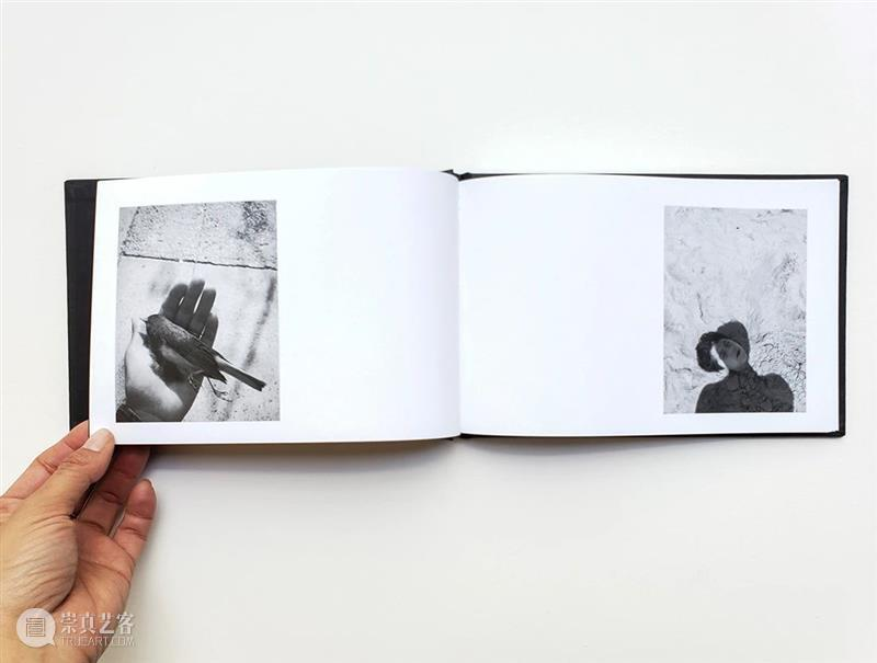 "Foto Féminas:照片比文字更模糊,也给读者留下了更多的""功课"" Foto 文字 照片 读者 功课 书籍 第三方 Por 深暗之影 Umbral 崇真艺客"