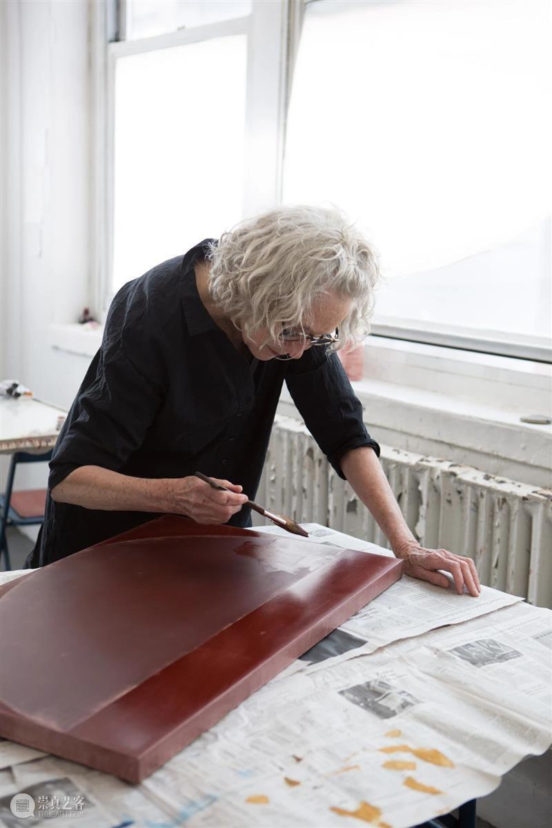 今日生日 苏珊·弗雷孔(Suzan Frecon) 视频资讯 卓纳画廊 苏珊 弗雷孔 生日 卓纳 画廊 工作室 弗雷 Frecon 表现力 风格 崇真艺客