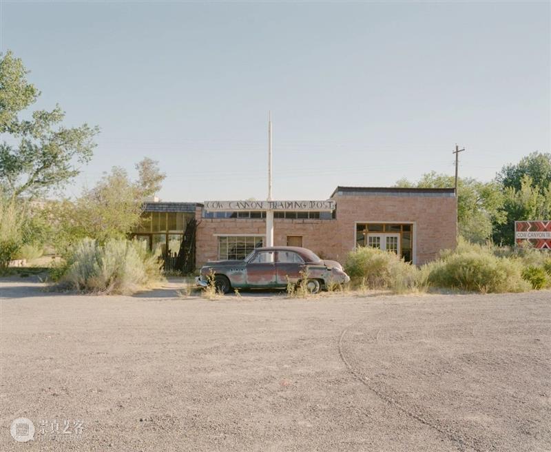 螺旋|它不应该只是⼀个⻓达2400英⾥沿途景点不断的游乐园 沿途 景点 游乐园 螺旋 ISSUE 公路 影像 形式 Edward 6666号公路 崇真艺客