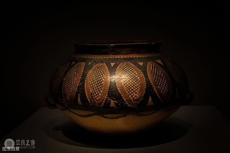 丝绸之路的甘肃,是连接中国和中东的纽带,文物极其精美  青铜器鉴赏 甘肃 中国 中东 文物 丝绸之路 纽带 甘肃博物馆 宣德炉 圆形 宣德 崇真艺客