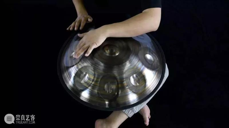 """这口""""铁锅""""明星都在玩,但只有他玩到了中国顶级! 铁锅 明星 中国 乐器 外形 UFO 东西 宇宙之音 世界上 程度 崇真艺客"""