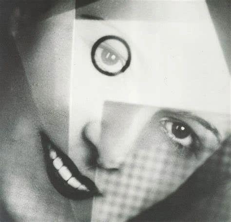 Essay | 艺术家的工作室如实验室一般,产出一条关于观看和感受的开放途径 工作室 艺术家 实验室 途径 Essay 导语 抽象摄影 文章 早期 时期 崇真艺客
