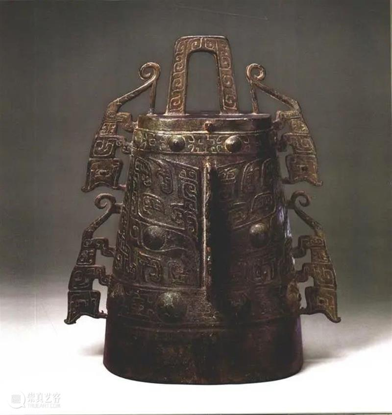 西周青铜器四虎镈,具有文物和艺术品的双重价值 四虎镈 文物 艺术品 价值 西周青铜器 西周 间距 青铜 乐器 青铜器 崇真艺客