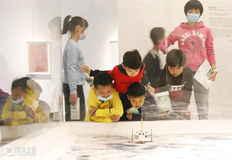 公教活动回顾 | 探索创意未来 亲子艺起同行  巽美术馆 活动 创意 公教 未来 亲子艺起同行 巽美术馆 美育 亲子 孩子 家长 崇真艺客