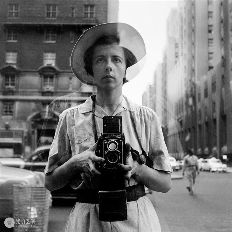SCôP Conversation   女摄影师和她们朝向自身的镜头 镜头 女摄影师 Sherman 图片 女性 形象 男性 草地上的午餐 里马奈 观众 崇真艺客