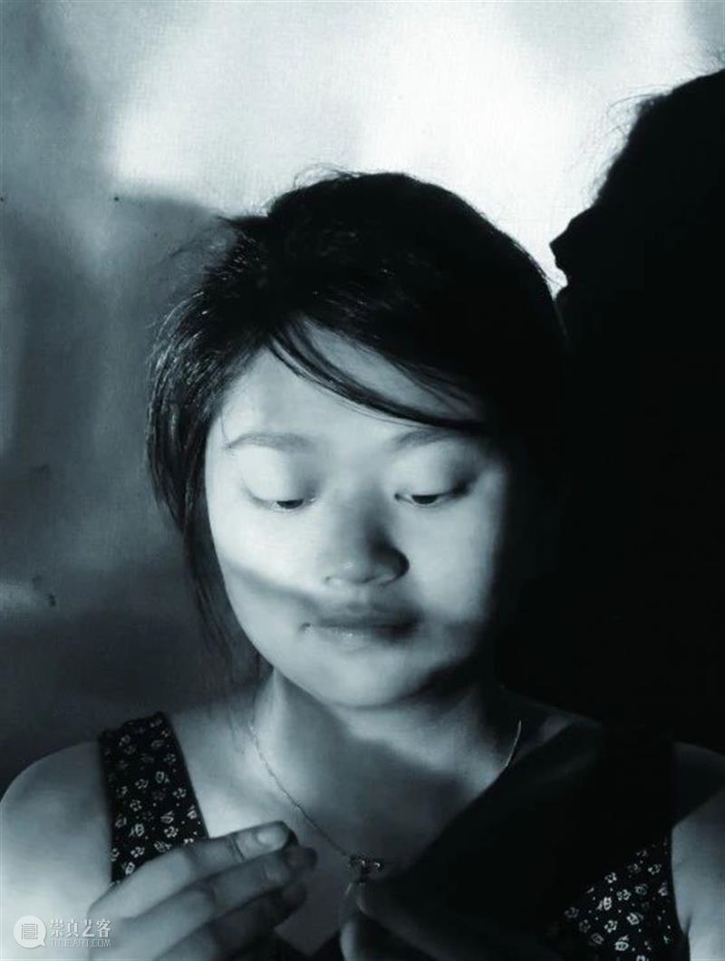 江上越《脸书》   人脸就像是一本永不完结的书 脸书 人脸 江上越 时间 地址 Floor York 二维码 前波画廊 纽约 崇真艺客