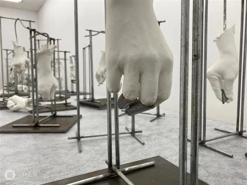 墨方现场   姜波:草 姜波 墨方 现场 Mocube 展期 视频 来源 艺术 弹簧 激情 崇真艺客