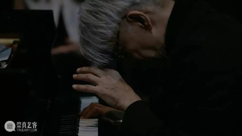 来稿 |坂本龙一《异步》:崭新的音乐语言,把生命像倒影和梦境一般捕捉下来 生命 音乐 坂本龙一 异步 语言 倒影 梦境 来稿 前言 艺术 崇真艺客