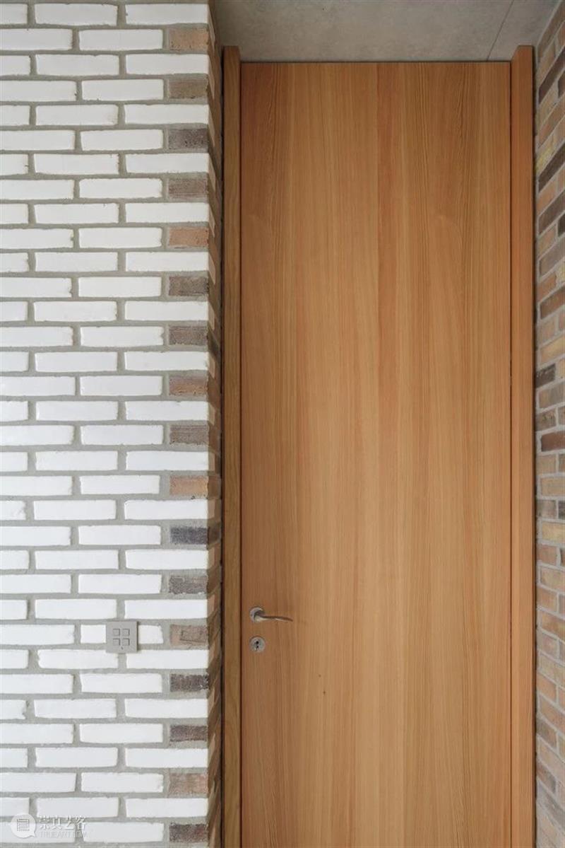 花式排砖,比利时九宫格之家 / Architecten Broekx-Schiepers Schiepers 比利时 花式 九宫格 住宅 农村 建筑 街区 中间 地下 崇真艺客