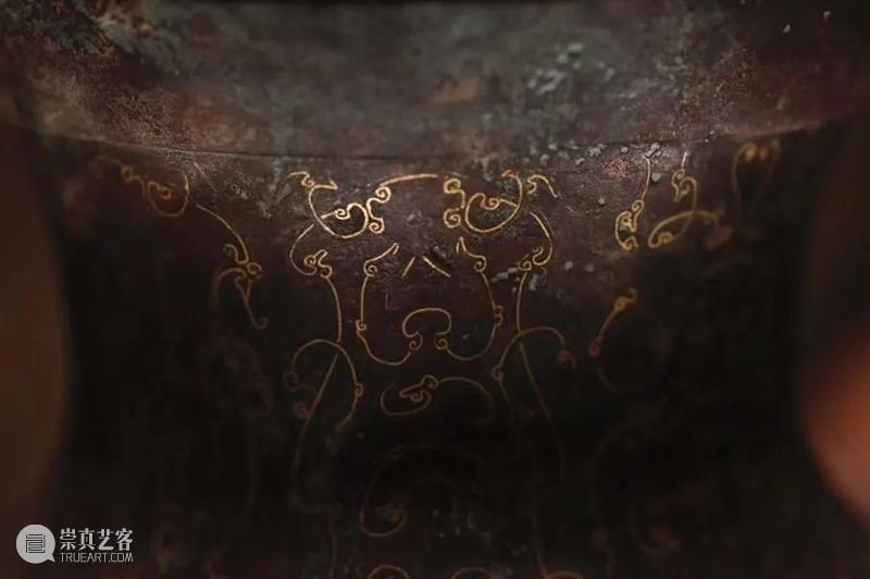 锈色可餐的青铜器,原来不止是绿哦,看国博这些国宝就知道了 青铜器 国宝 锈色 国博 上方 账号 木雕 文化 知识 木材 崇真艺客