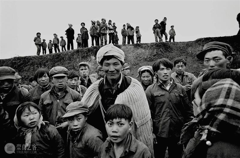 CGK讲座 什么是摄影?——以吴家林、于坚摄影为例  昆明当代美术馆 吴家林 于坚 CGK讲座 苏珊·桑塔格 东西 摄影家 诗人 眼里 说法 画面 崇真艺客